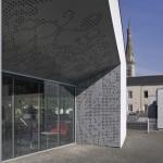 Médiathèque à Héric (44). L'Atelier de la Maison Rouge Architectes.